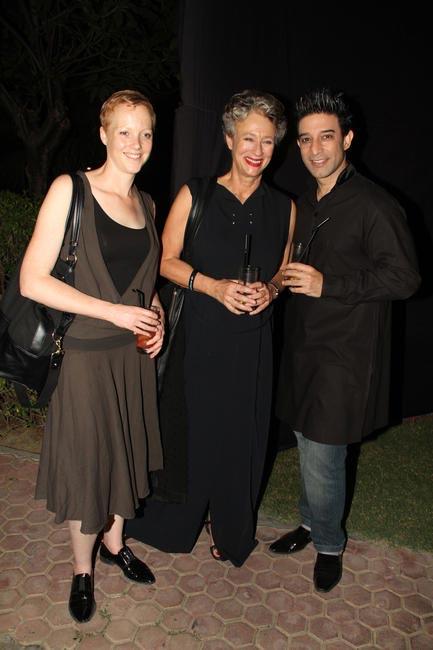 Joanne Schouten, Christine with Suneet Varma