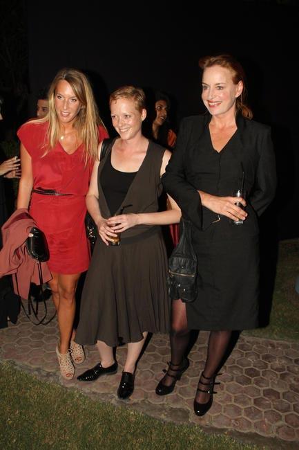 Karjlin Bozon, Joanne Schouten with Makeup expert Ellis Faas