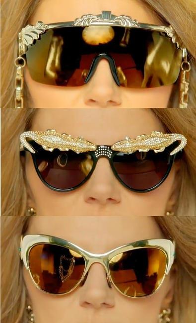 Anna Dello Russo, Stills from 'The Fashion Shower'