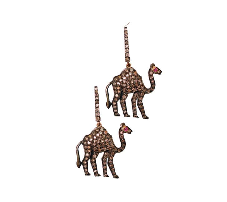 Camel Earrings Amrapali