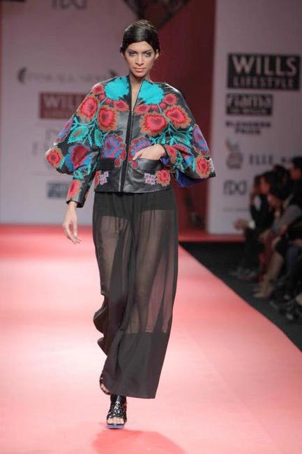 Pankaj and Nidhi Picture COurtesy Wills Lifestyle India Fashion Week