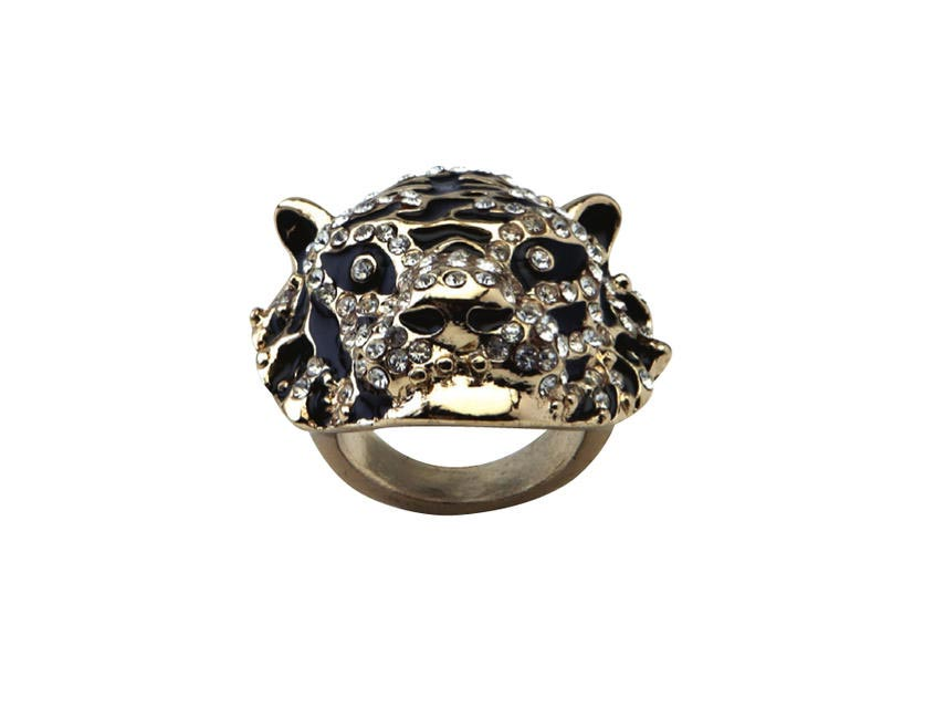 Tiger ring, Forever New