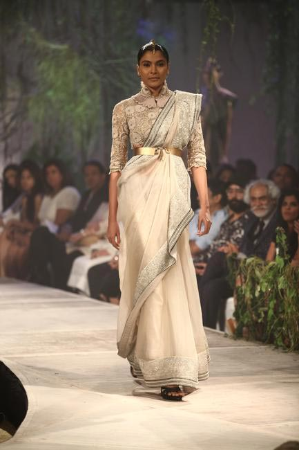 Anamika Khanna at PCJ Delhi Couture Week '13
