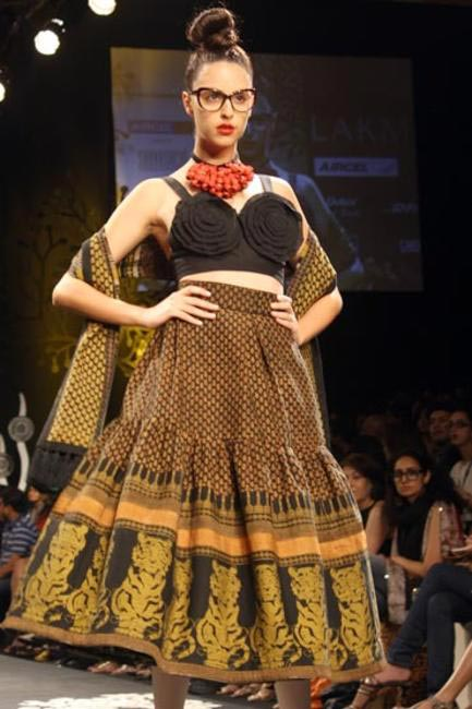 Did you know that the Grand Finale designer, Sabyasachi, is a Gen Next Alumni too?