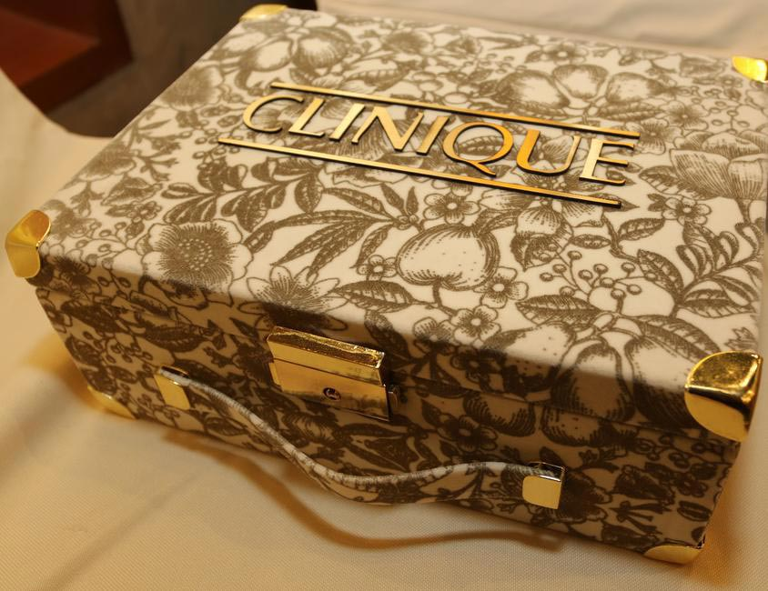 Clinique Bridal  Box