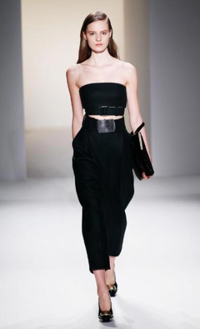 CALVIN KLEIN STRUCTURED BLACK DRESS