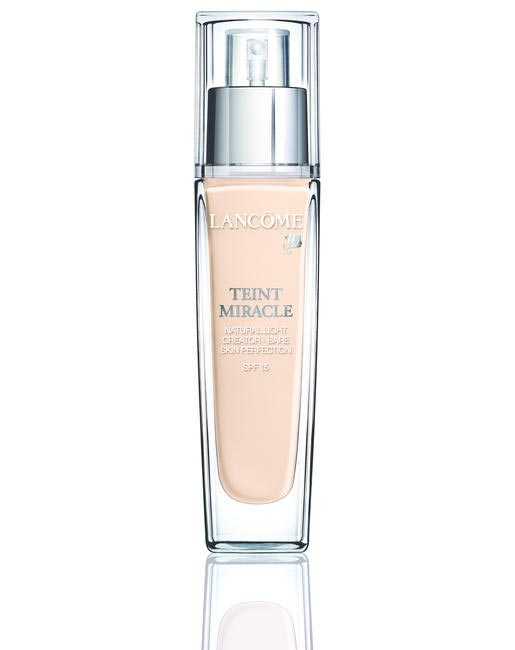 Lanco�?me Teint Miracle Foundation, Rs 2,700