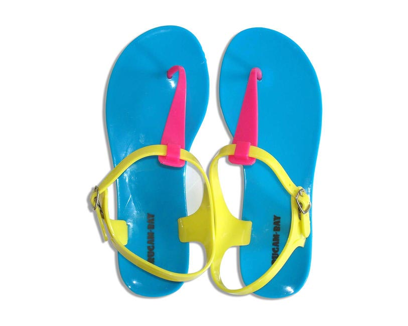 Jelly flats, The Beach Company, Rs.900