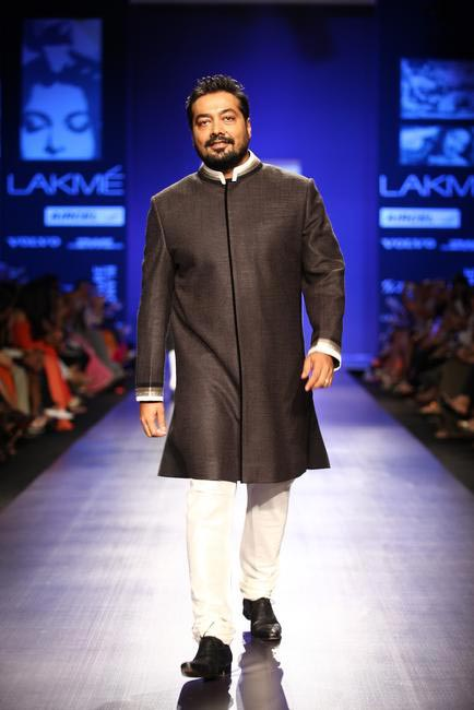 Anurag Kashyap walking at Manish Malhotra show at LFW SR 2013