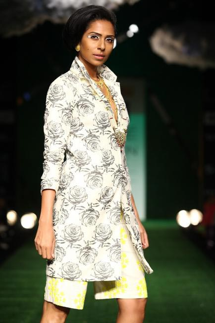 Masaba at LFW SR 2013 - 3
