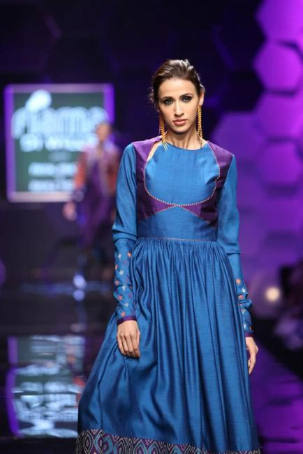Payal Pratap showcased a vintage-ish autumn winter collection at WIFW