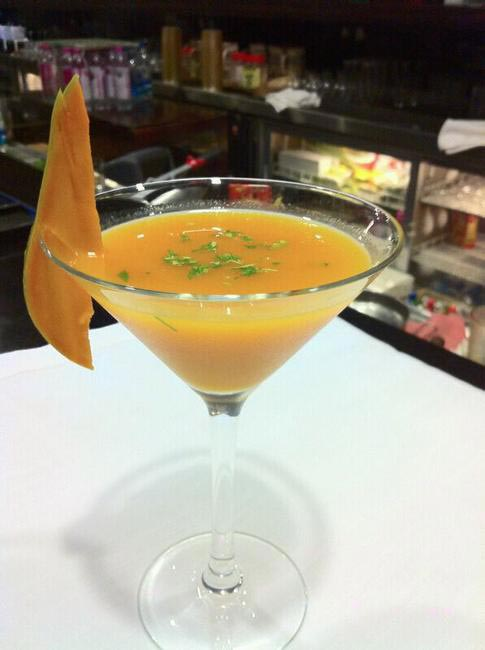 mango Cocktail at Umame