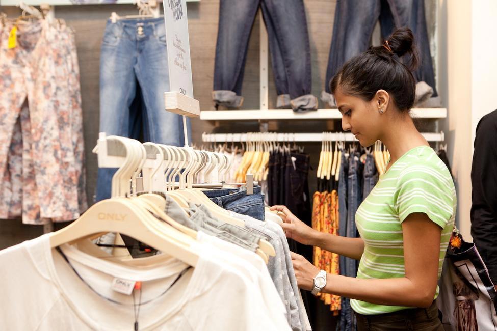 Shopper at Denimize The World