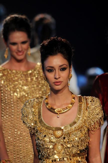 Gold Fashion Show at amfAR India