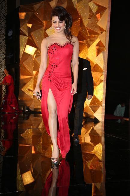 Priyanka Chopra in Monisha Jaising at Hello! Hall Of Fame Awards