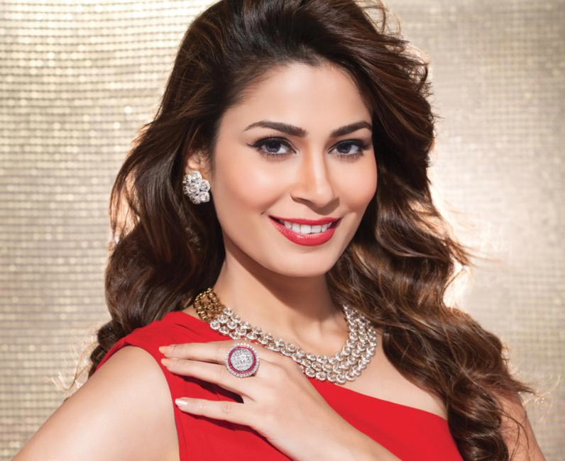 Shaheen Abbas For Gehna Jewellers