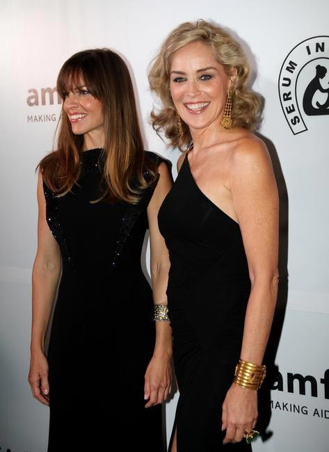 Sharon Stone and Hillary Swank dazzle the amfAR India Red Carpet adorned in gold jewellery_LoveGold