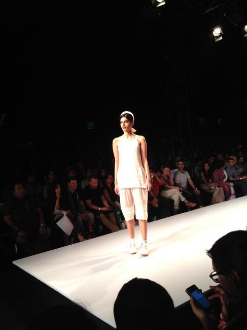 Pero by Aneeth Arora - Day 5 WIFW SS '14