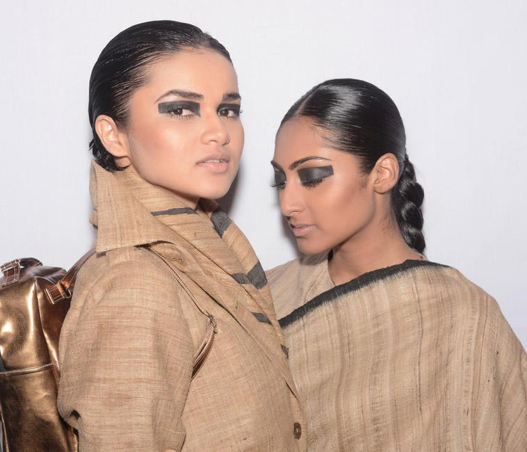 Backstage - ABRAHAM AND THAKORE