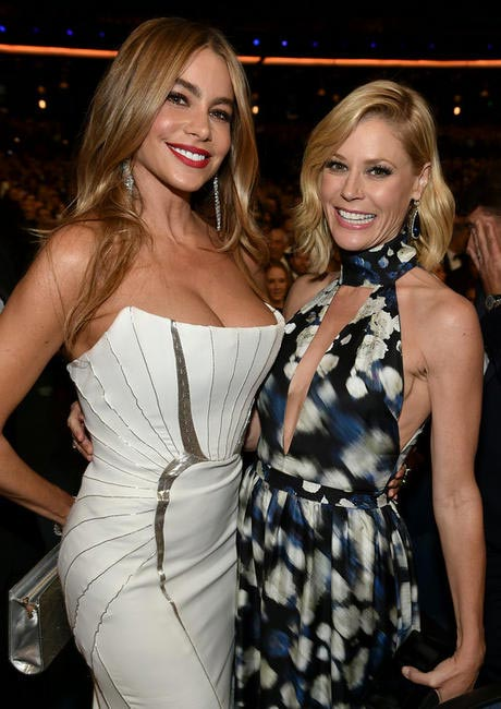 Modern Family's Sofía Vergara, left, and Julie Bowen at the 66th Primetime Emmy Awards