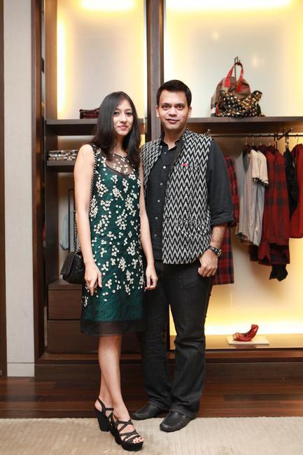Nachiket and Surabhi Barve strike a pose