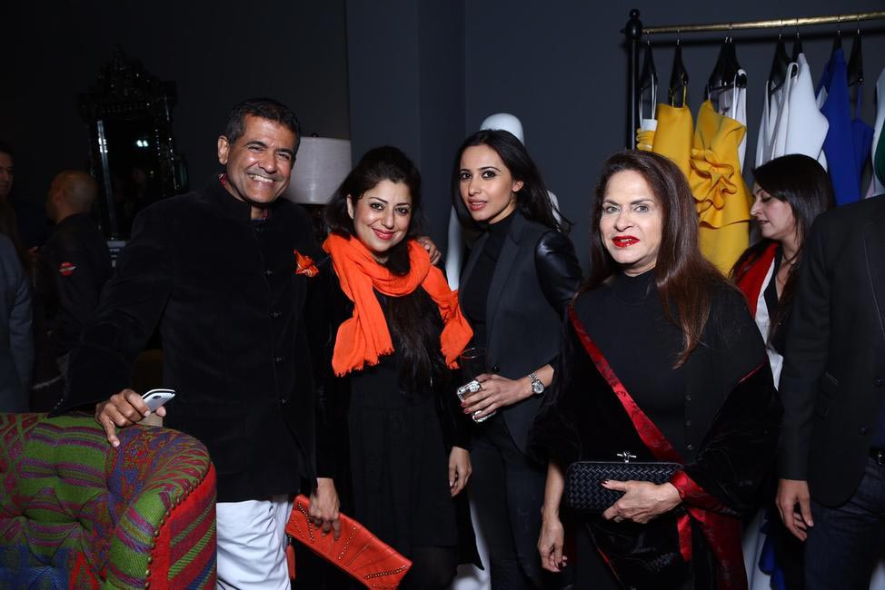 AD Singh, Sabeena Singh, Ramola Bachan with guest