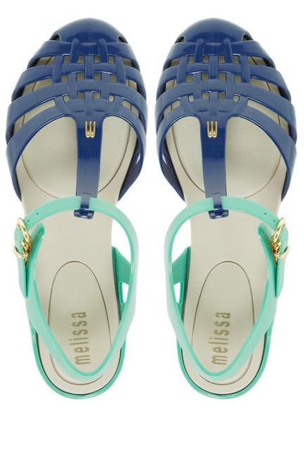 Aranha Hits, Melissa Shoes, INR 3,990