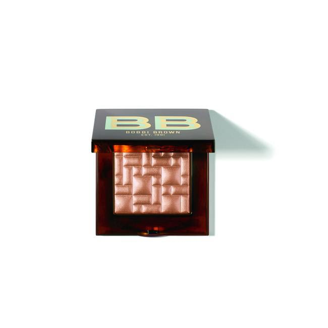 Bobbi Brown Limited Edition High Light Powder in Bronze Glow, Rs 3,160