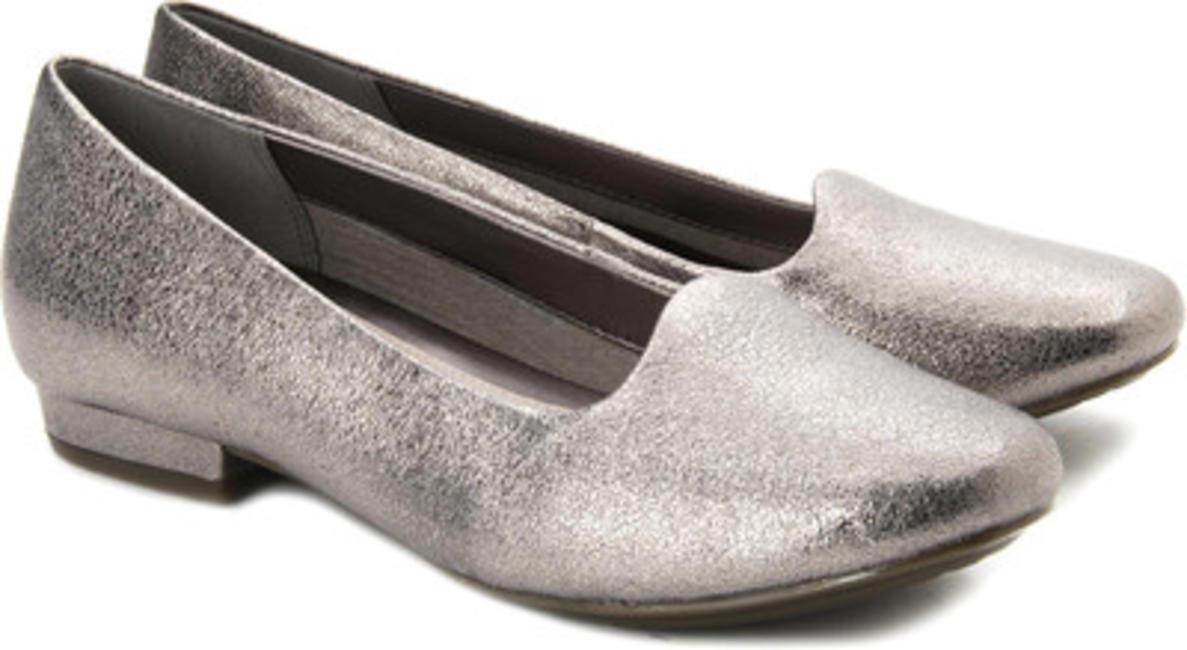Henderson Dice SIlver Belly Shoes, Clarks, INR 4,999