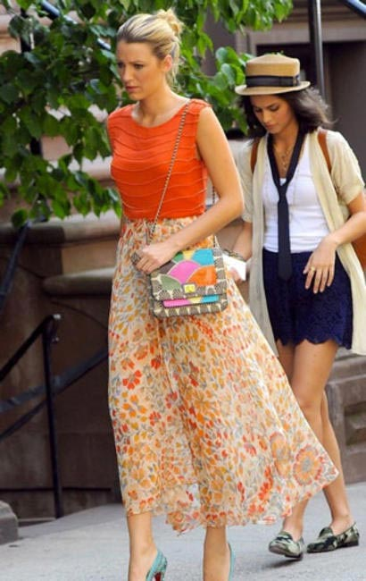 Blake Lively a.k.a Serena Van Der Woodsen with her Angel Jackson satchel