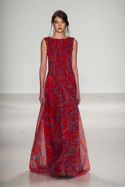 Gorgeous lace in floor-sweeping silhouettes - Tadashi Shoji Fall 2014 at NYFW