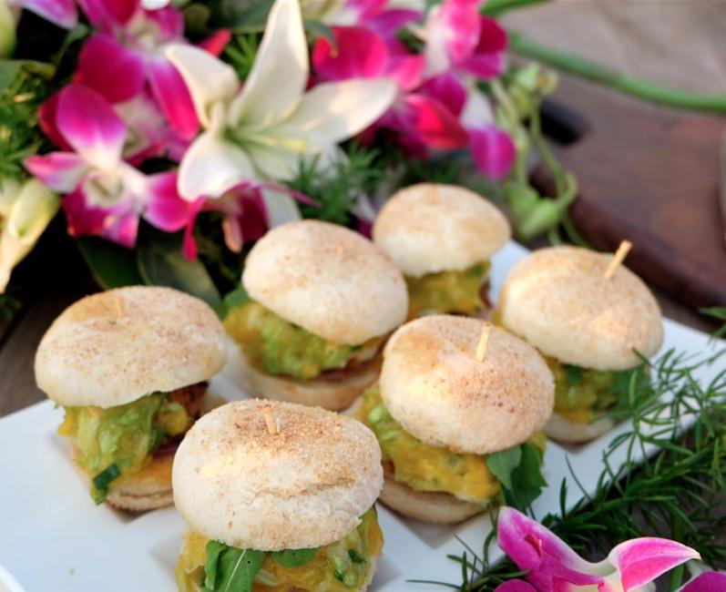 Mini burgers at Flor Do Mar, Goa
