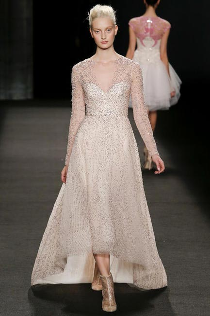 This Monique Lhuillier Fall 2014 dress could be a perfect wedding gown! - NYFW