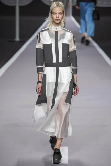 Victor & Rolf Fall Winter 2014 - Paris Fashion Week
