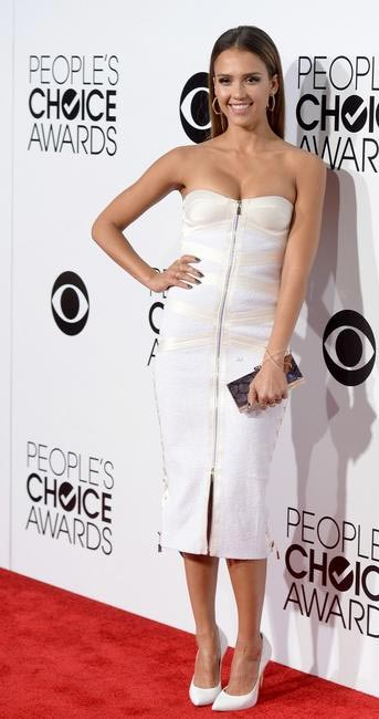 Jessica Alba At People's Choice Awards 2014