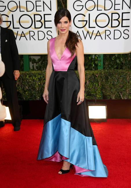 Sandra Bullock in Prabal Gurung and Lorraine Schwartz at the 2014 Golden Globe Awards