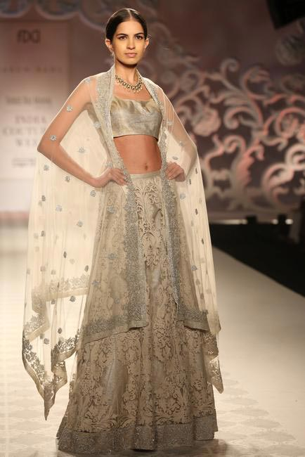 Varun Bahl on how to shop for your wedding lehenga