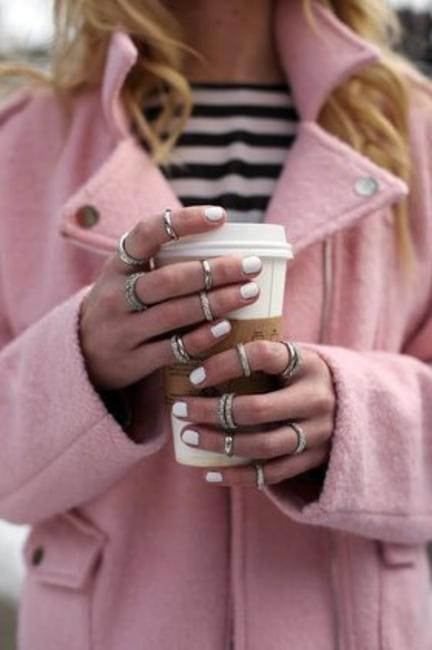 Midi rings will surely add that extra pop or sparkle to those bare hands