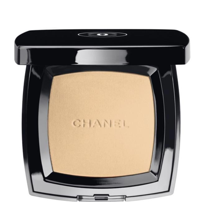 Natural FInished Pressed Powder, Chanel