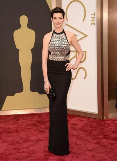 Anna Hathaway in Gucci - Oscars 2014