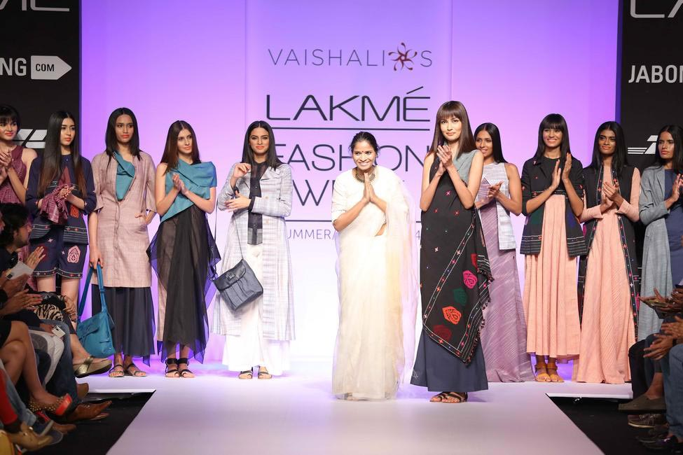 Vaishali S showcased a collection that was simpler and more wearable. There were some lovely separates to choose from - LFW SR 2014