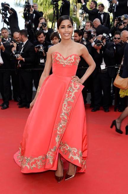 Freida Pinto in Oscar de la Renta at Cannes 2014