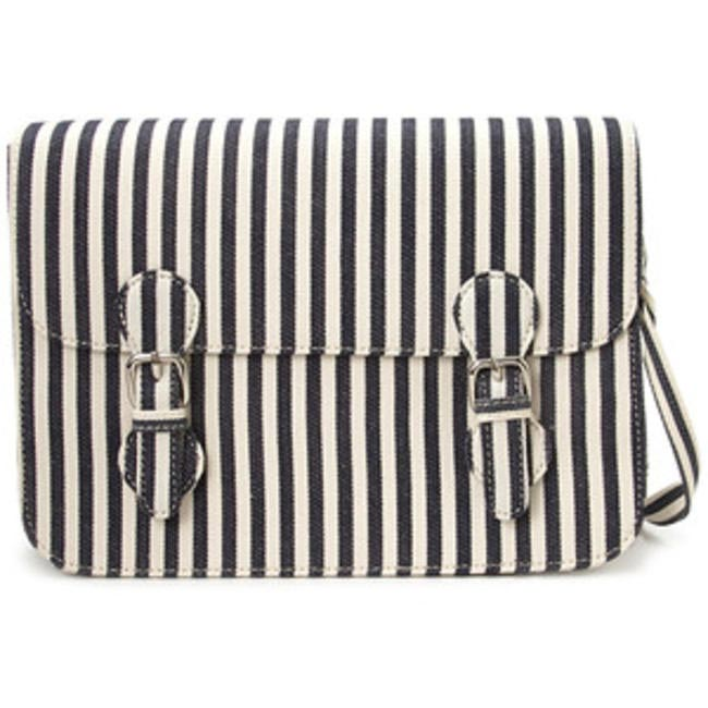 Seaside Striped Satchel, Forever 21, INR 1,369