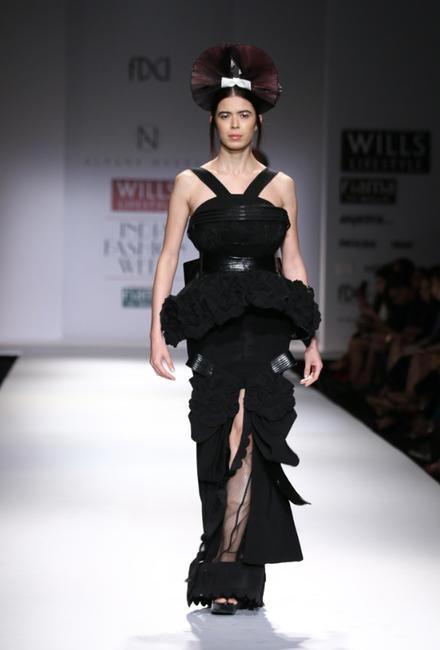 Alpana Neeraj at Wills Lifestyle SS 2015