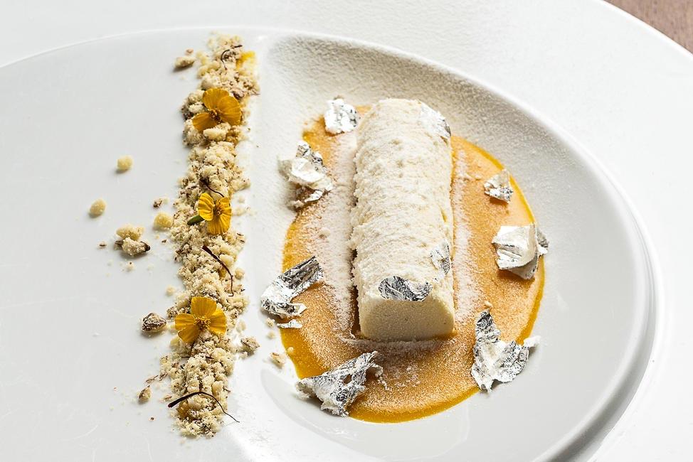 Almond and saffron kulfi
