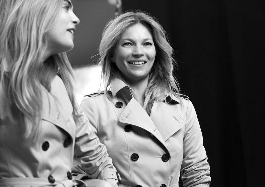 Behind the Scenes the British supermodels share a giggle