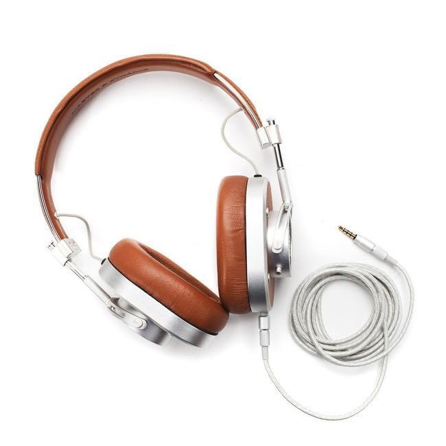 Master & Dynamic MH40 leather over-ear headphones, Rs. 85,932 approx, mrporter.com