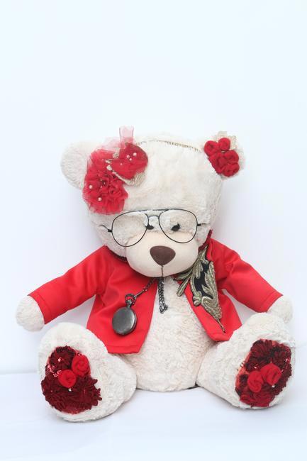 Valentine Teddy Bear, Varun Bahl