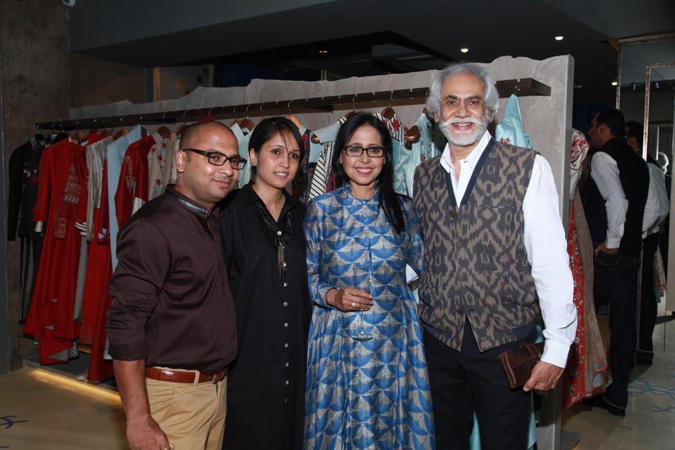 Ankur Modi, Priyanka Modi, Anju Modi and Sunil Sethi
