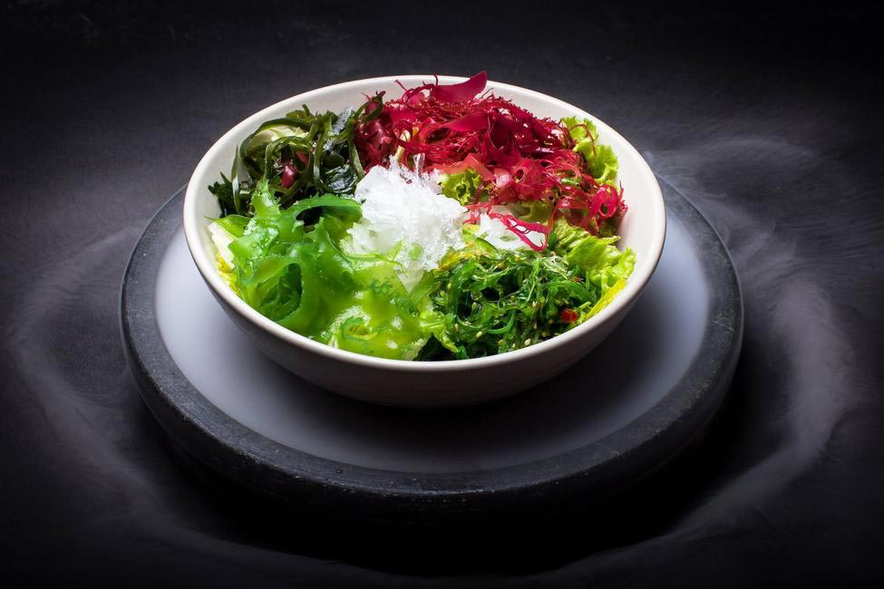 Seaweed and Mesclun Salad 1